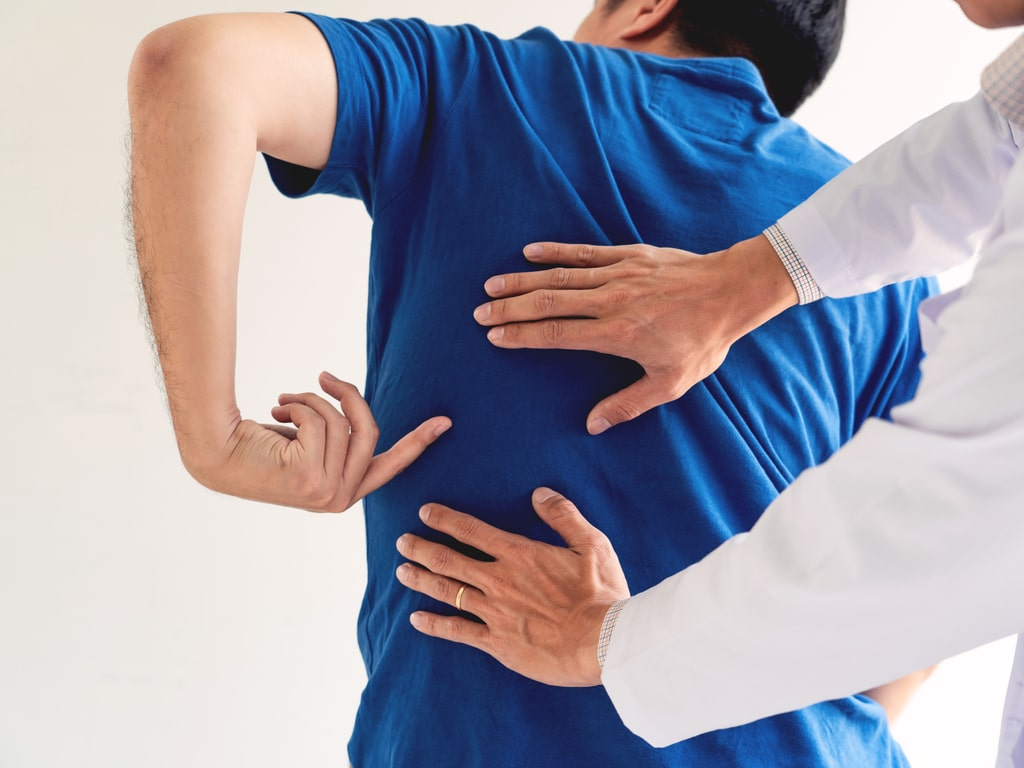 What Does a Chiropractor Do for Back Pain After Accident